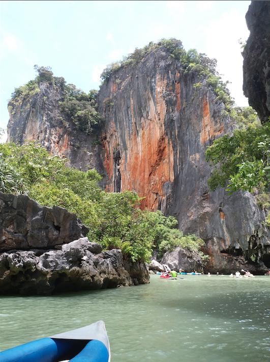 Hong Island Phang Gna bay, Phuket.png