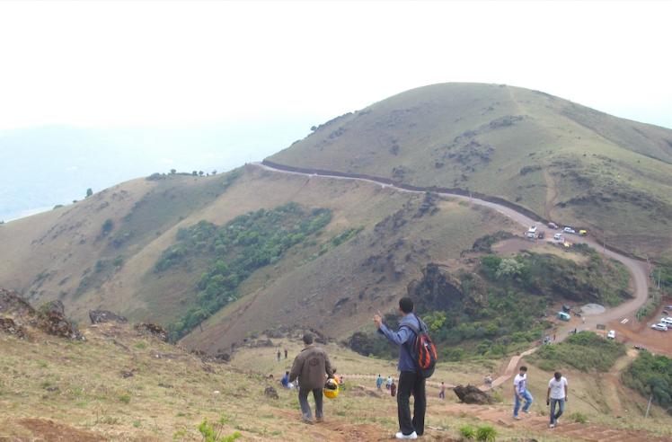 mullayangiri peak.png