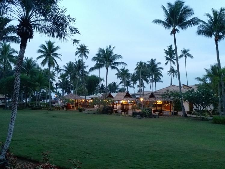 Restaurant & bar, Nirwana gardens.jpg
